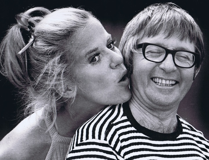 Karen Morrow and Arte Johnson in rehearsal for LITTLE ME (1972) at Melody Top.